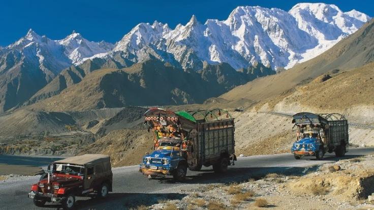 01-karakoram-highway