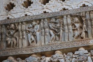 Karmasutra carvings